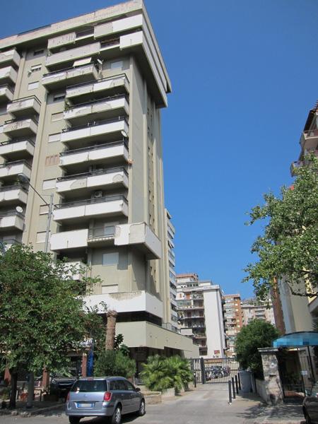 Viale Campania, 39 – Palermo