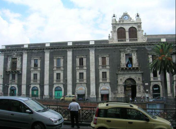 Via Etnea,  141/145 – Catania