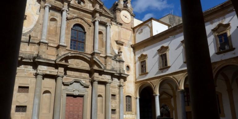 P1050078 PA- Corso Calatafimi (Albergo delle Povere-Chiesa S.Maria della Purificazione)